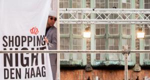 ShoppingNight2013-LeonSchroder-44